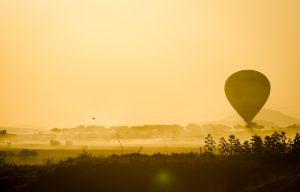 hot air balloon morning