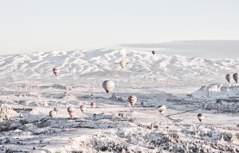 Winter ballooing Capadocia